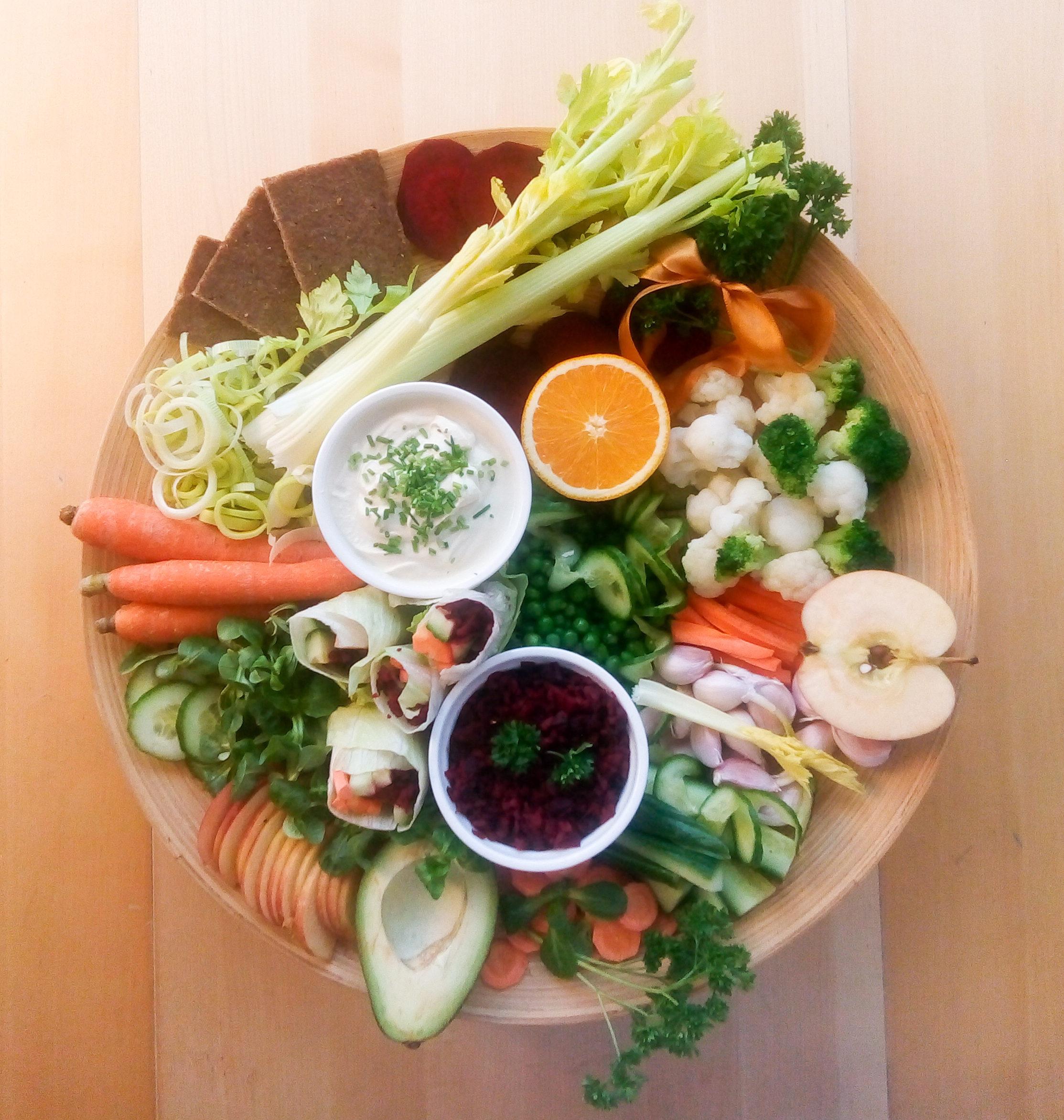 Spring eating platter